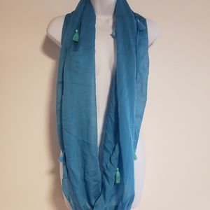 *FREE* Infinity Scarf